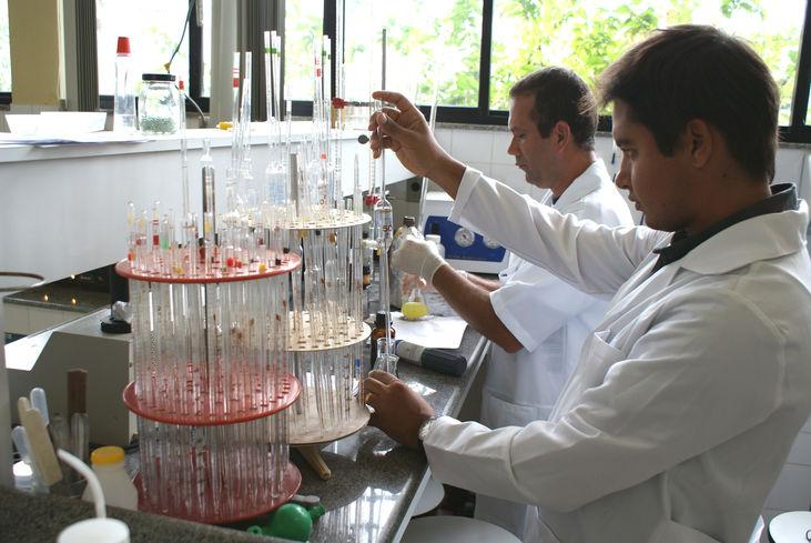 Lab analise da agua